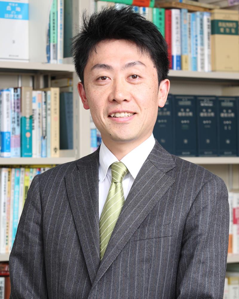 弁護士 石井謙一